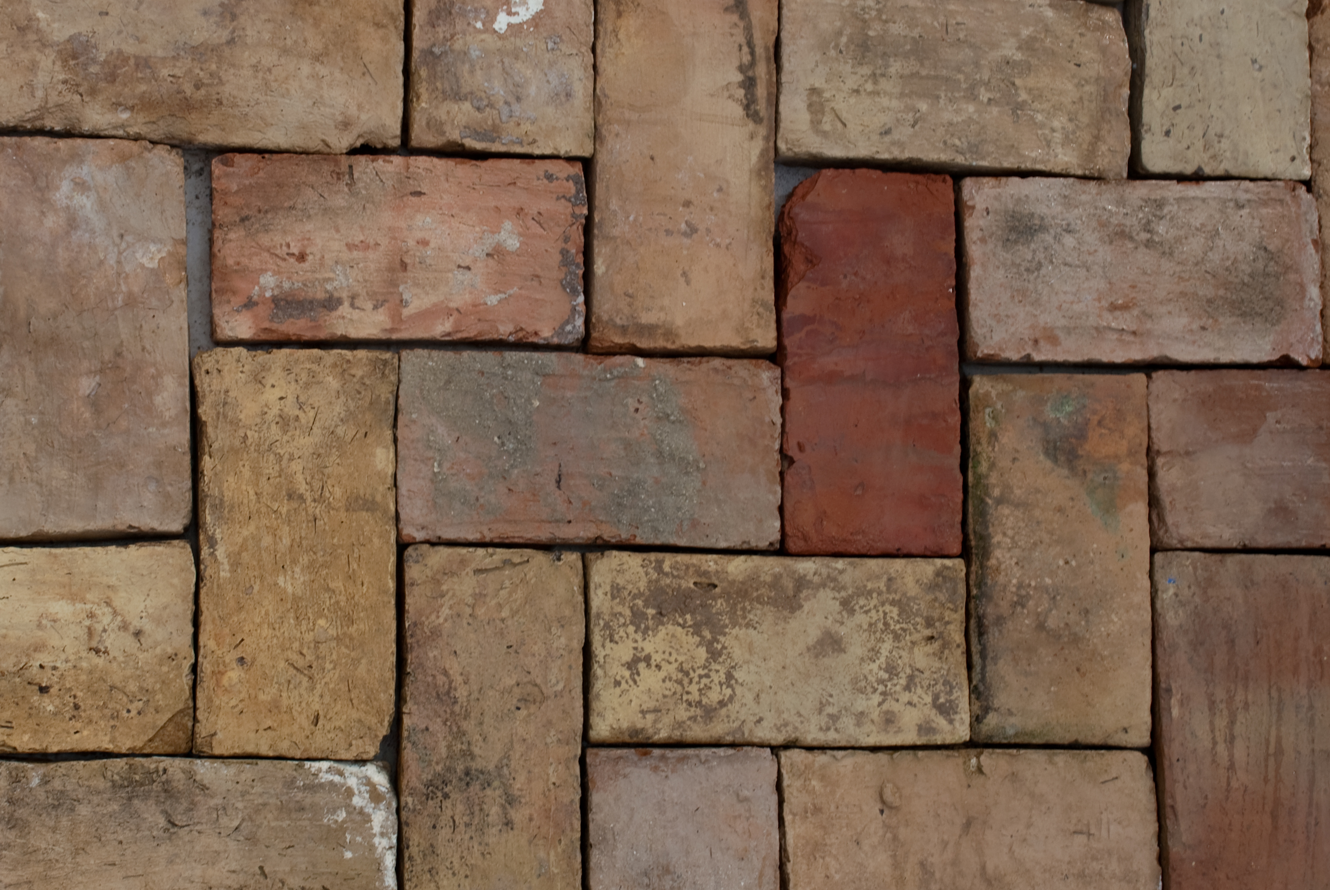 Soler a de ladrillo macizo tosco s xviii xix espacios for Ladrillos decorativos para exteriores