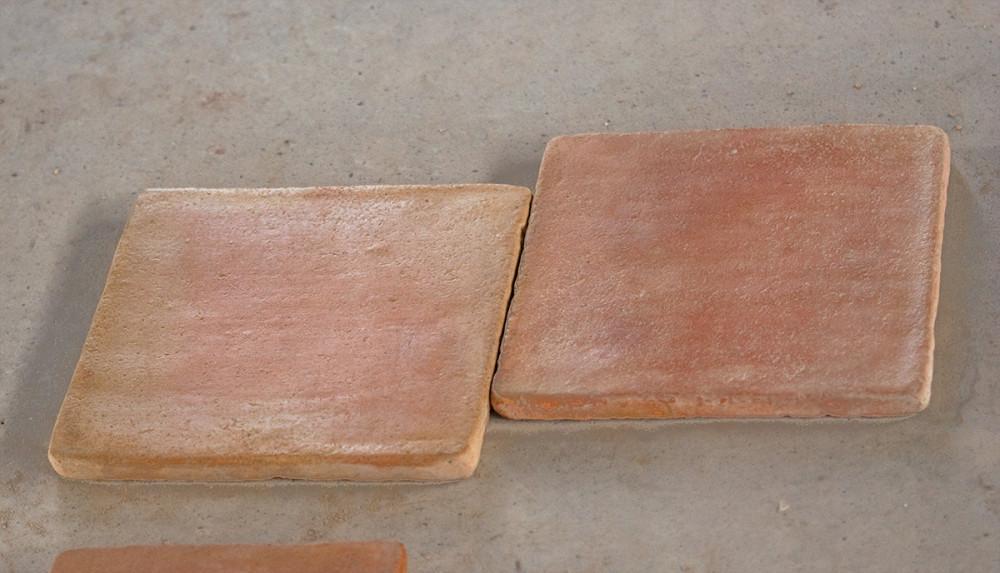 Pavimento de baldosas de barro cocido mediterr nea for Baldosas de barro cocido